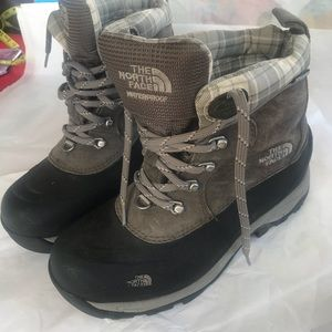 The north face women's winter boot size 7